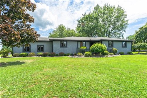 Photo of 10851 Garden Center Drive, New Middletown, OH 44442 (MLS # 4211378)