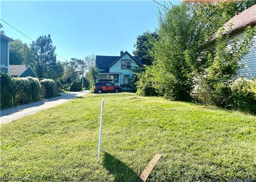 Photo of 5408 Ithaca Court, Cleveland, OH 44102 (MLS # 4316384)