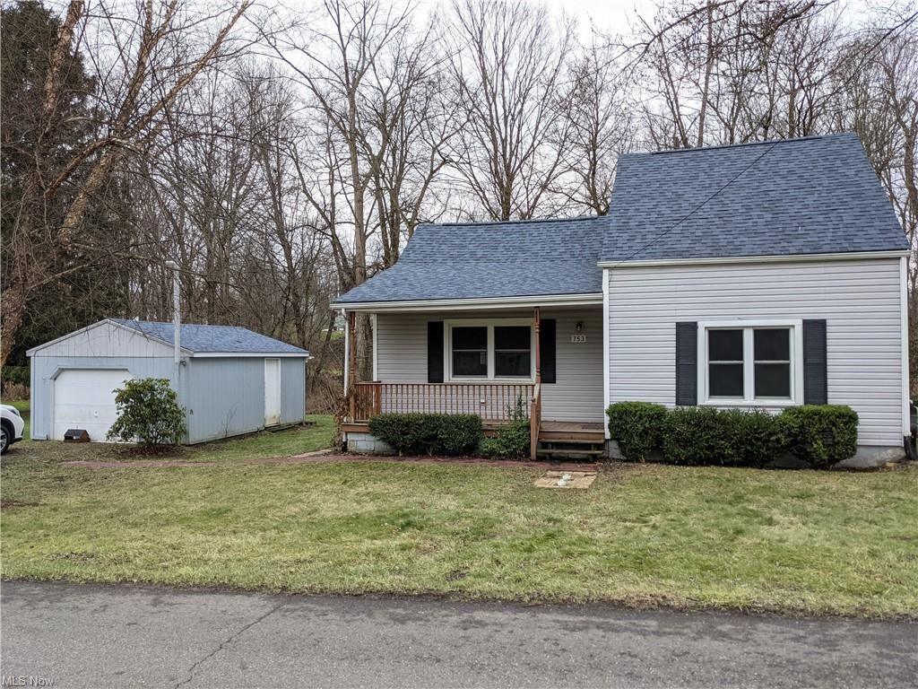 Photo for 753 W Main Street, East Palestine, OH 44413 (MLS # 4255385)