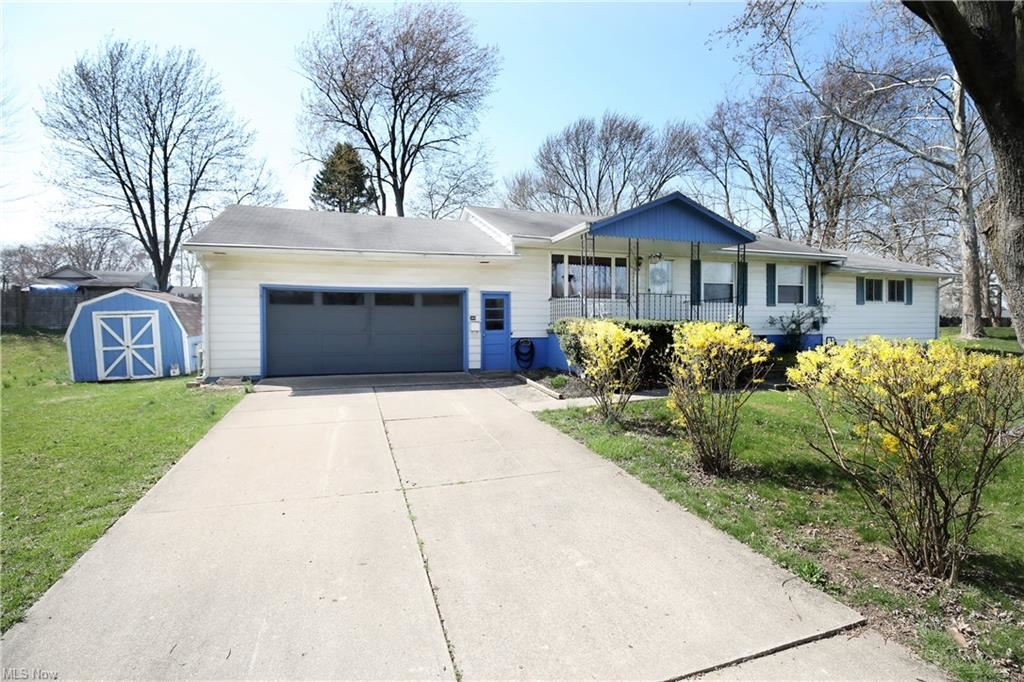 340 Hall Court, Amherst, OH 44001 - #: 4268391