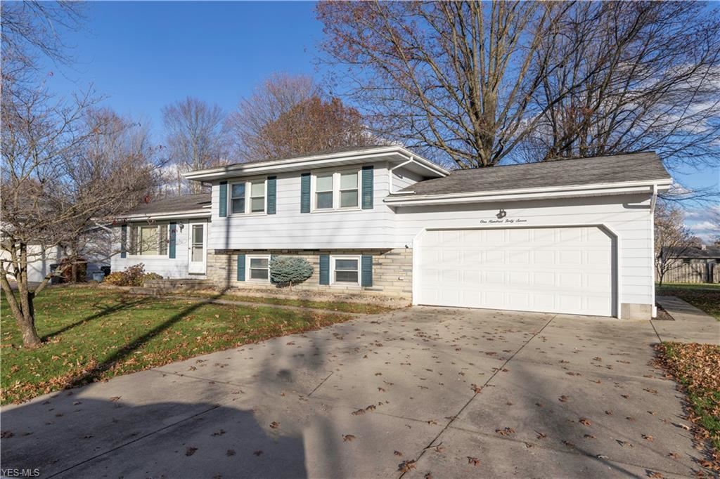 147 Fairmeadow Drive, Youngstown, OH 44515 - #: 4239401
