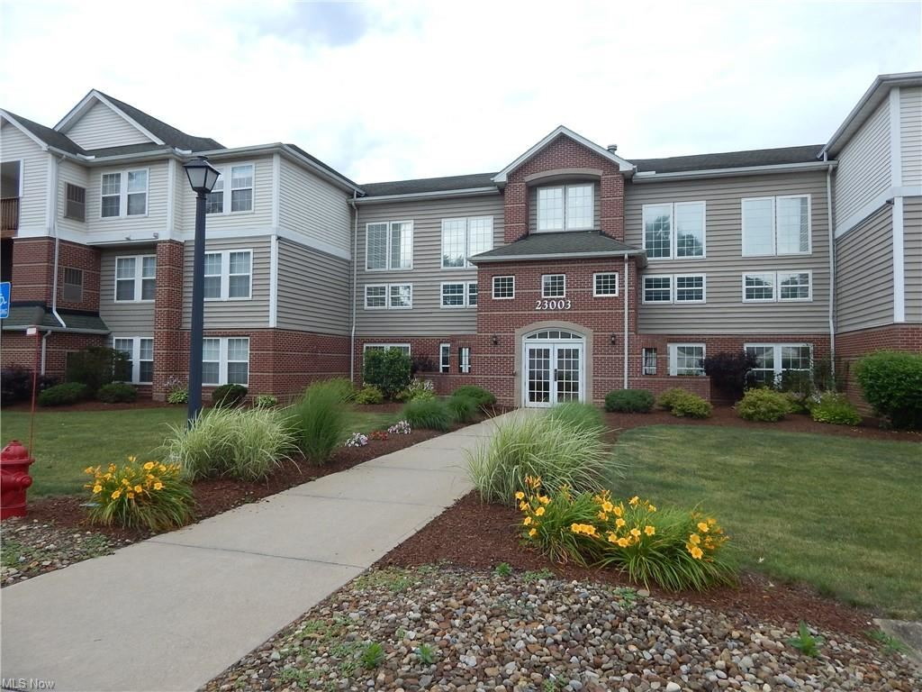 23003 Chandlers Lane #345, Olmsted Falls, OH 44138 - #: 4293413