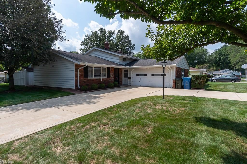 4391 Danberry Drive, North Olmsted, OH 44070 - #: 4313422