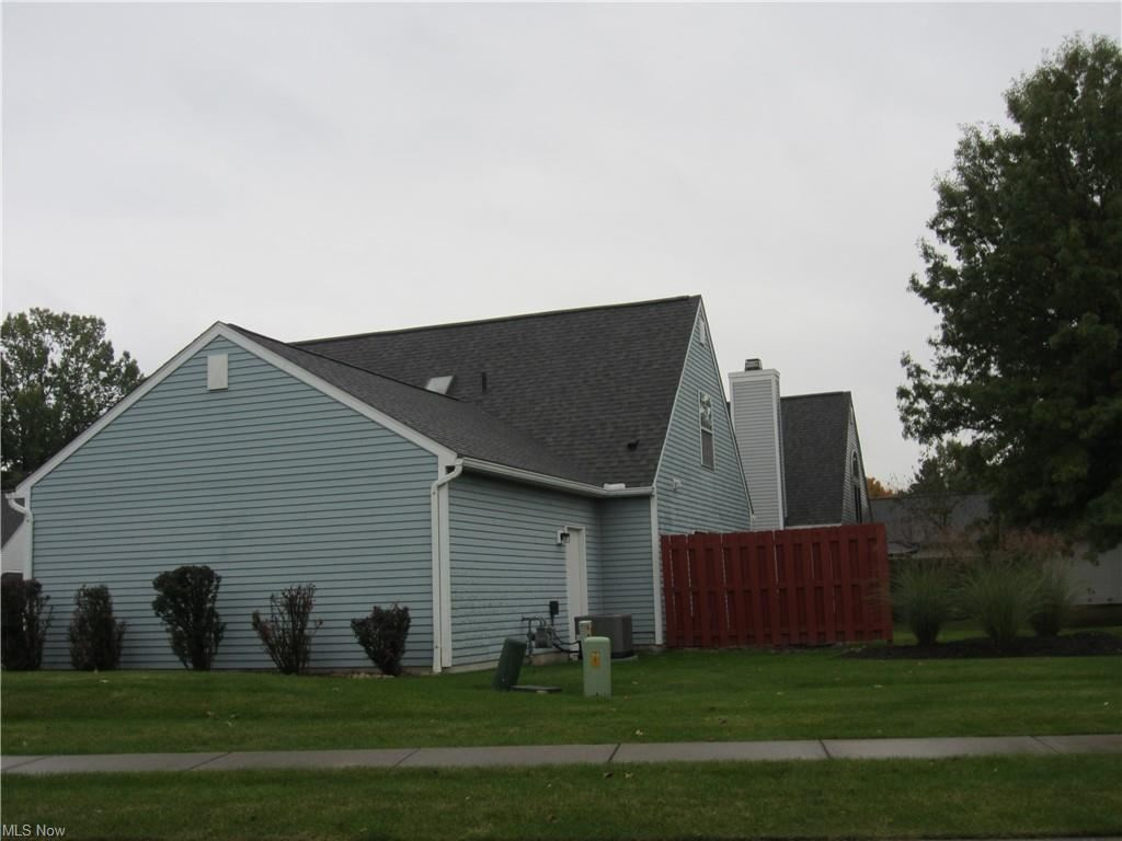 Photo of 14432 Thatchers Lane #118, Strongsville, OH 44149 (MLS # 4327424)