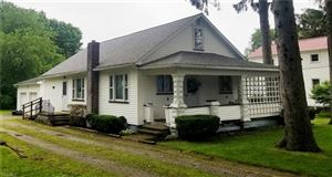 Photo of 285 Walnut St, Leetonia, OH 44431 (MLS # 4103433)