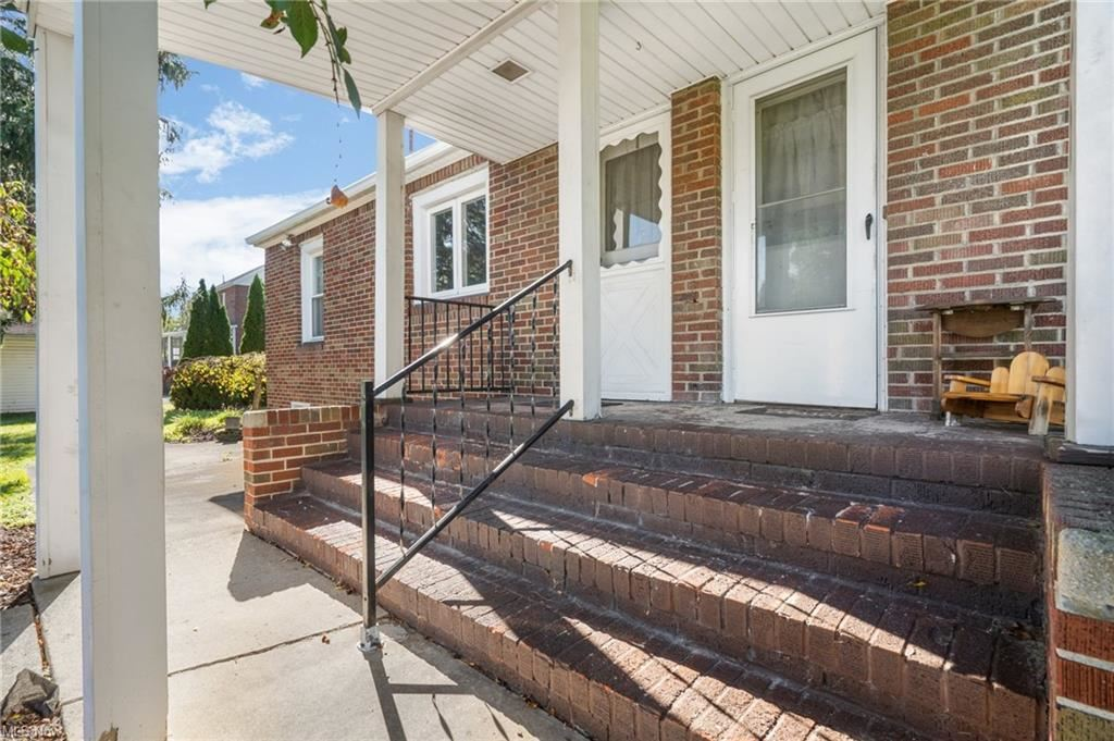 Photo of 713 North Road, Niles, OH 44446 (MLS # 4327439)