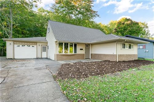Photo of 288 Dehoff Drive, Youngstown, OH 44515 (MLS # 4324440)