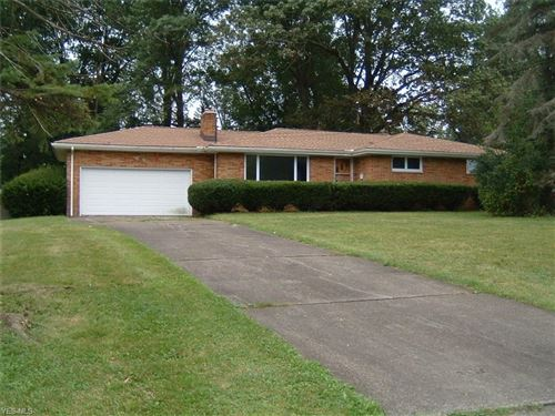 Photo of 463 Catherine Street, Youngstown, OH 44505 (MLS # 4126445)