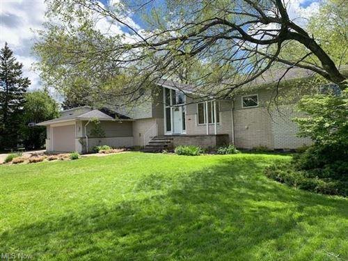 Photo of 24412 Maidstone Lane, Beachwood, OH 44122 (MLS # 4278446)