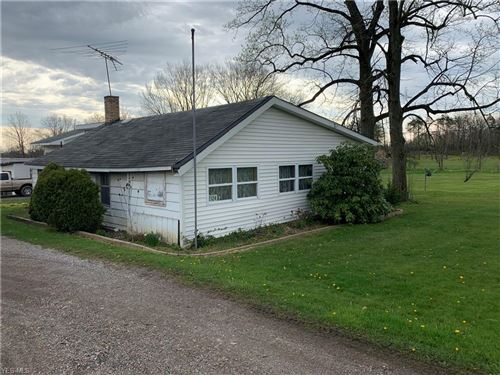 Photo of 2124 State Route 165, East Palestine, OH 44413 (MLS # 4188452)