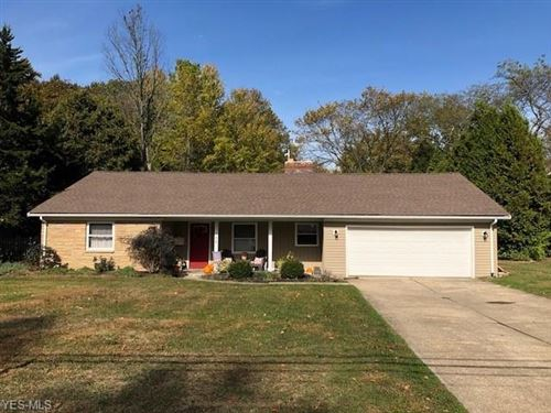 Photo of 106 Manning Drive, Berea, OH 44017 (MLS # 4144455)