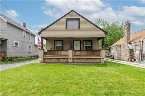 Photo of 168 N Bon Air Avenue, Youngstown, OH 44509 (MLS # 4276465)