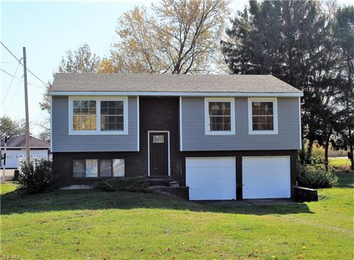 Photo of 1139 Lake Road, Conneaut, OH 44030 (MLS # 4238472)