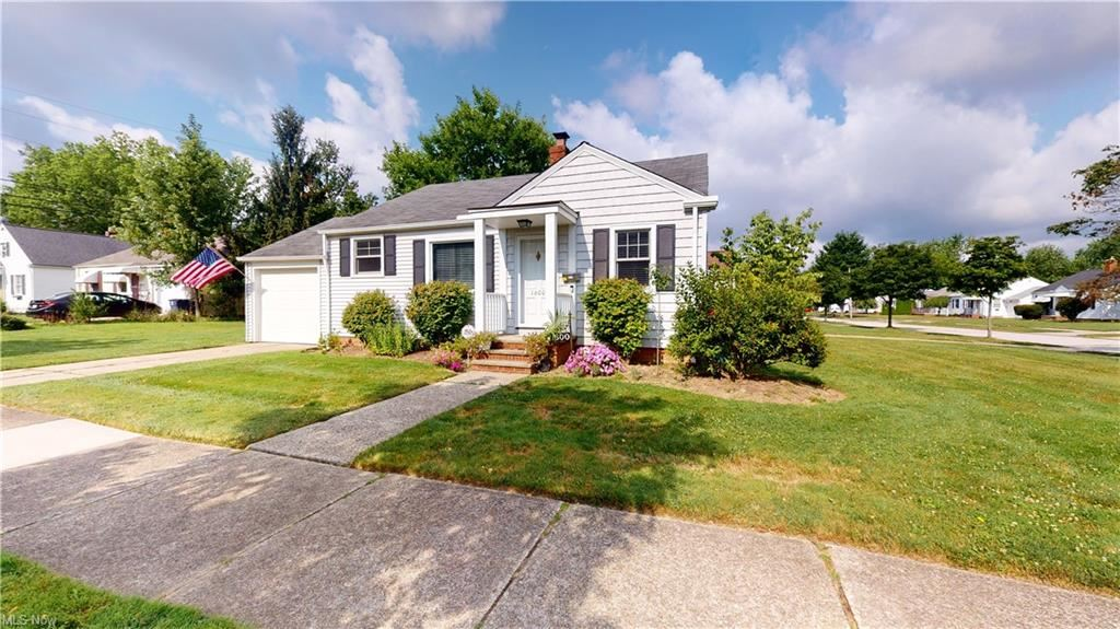1600 Overbrook Road, Cleveland, OH 44124 - #: 4301473