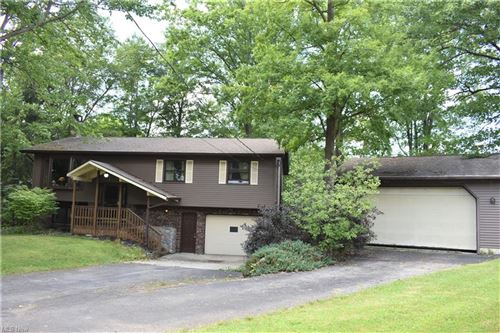 Photo of 499 Eagle Point, Roaming Shores, OH 44084 (MLS # 4304492)
