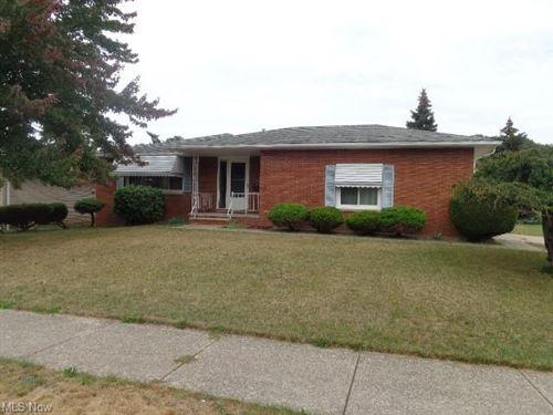Photo of 1208 Staunton Drive, Parma, OH 44134 (MLS # 4318499)