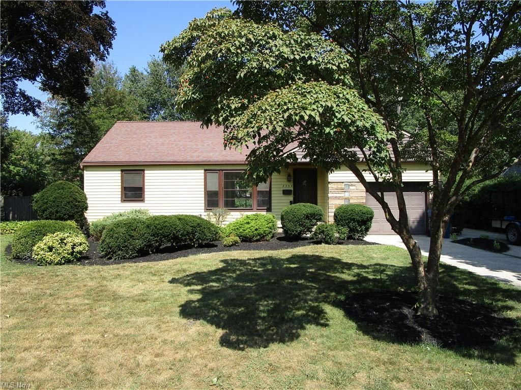 7733 Dahlia Drive, Mentor on the Lake, OH 44060 - #: 4314507