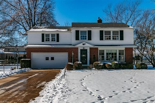 Photo of 856 Eastlawn Drive, Highland Heights, OH 44143 (MLS # 4251508)