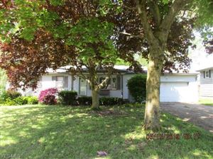 Photo of 40 Circleview Dr, New Middletown, OH 44442 (MLS # 4106514)