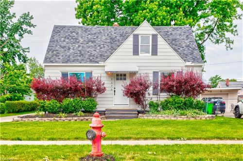 Photo of 1270 Commonwealth Avenue, Mayfield Heights, OH 44124 (MLS # 4280516)