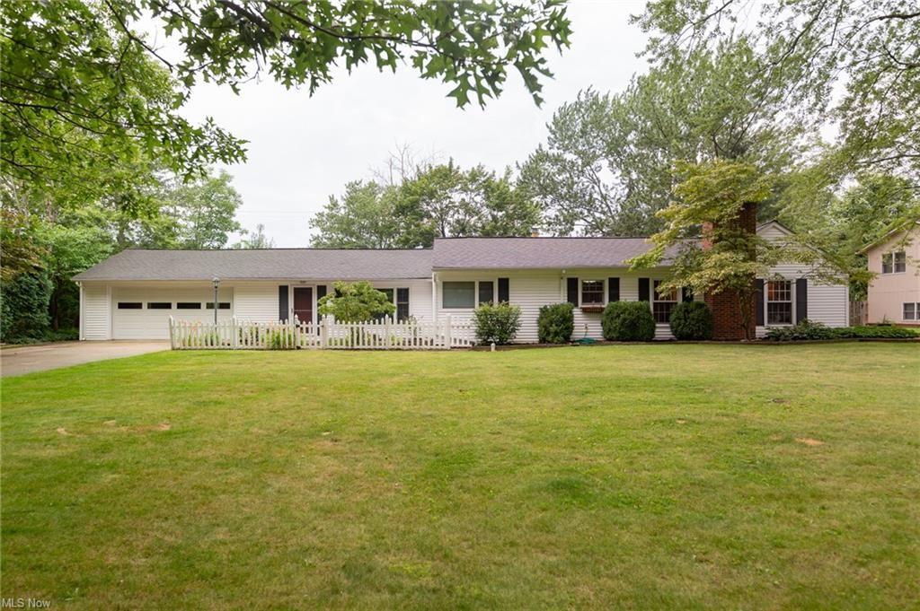 Photo of 5044 Medhurst Avenue, Solon, OH 44139 (MLS # 4303517)