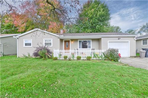 Photo of 4309 Kerrybrook Drive, Youngstown, OH 44511 (MLS # 4323519)