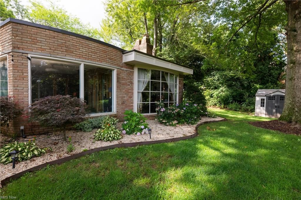 Photo of 3533 Old Colony Drive NW, Canton, OH 44718 (MLS # 4303520)