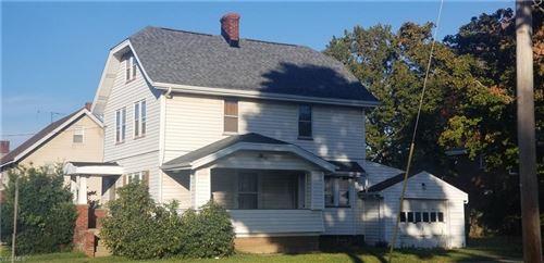Photo of 359 E York Street, Akron, OH 44310 (MLS # 4233522)
