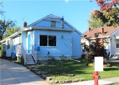 Photo of 5734 Longwood Avenue, Maple Heights, OH 44137 (MLS # 4233524)