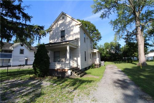 Photo of 18 Whitney Avenue S, Youngstown, OH 44509 (MLS # 4212528)
