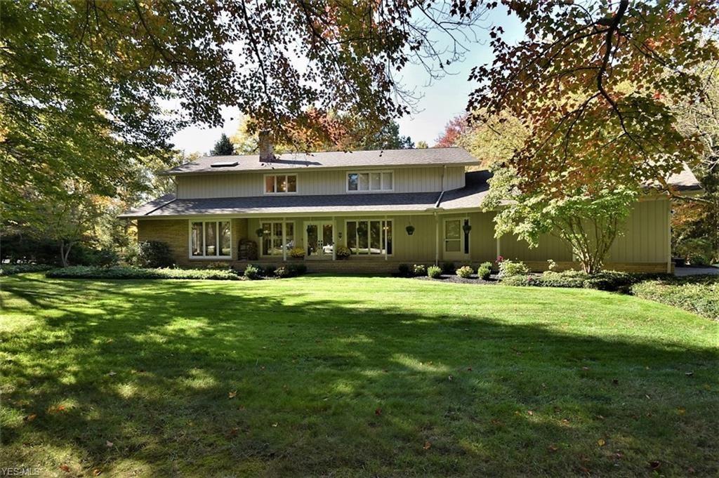 50 N Strawberry Lane, Moreland Hills, OH 44022 - #: 4233529