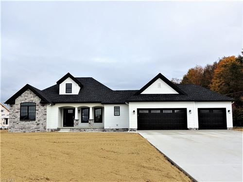 Photo of 3937 Mary Way, Canfield, OH 44406 (MLS # 4126531)