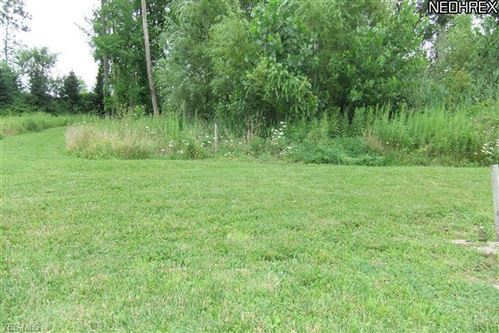 Photo of 11549 Timber Edge Place, Strongsville, OH 44136 (MLS # 4208537)