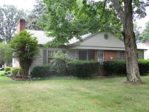 Photo of 713 Ronlee Lane, Youngstown, OH 44512 (MLS # 4211538)