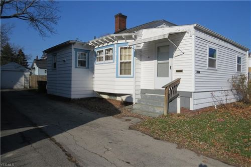 Photo of 3924 Helena Avenue, Youngstown, OH 44512 (MLS # 4161539)