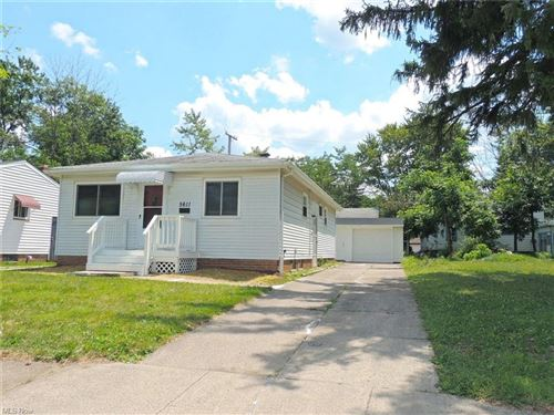 Photo of 5611 Lafayette Avenue, Maple Heights, OH 44137 (MLS # 4315551)