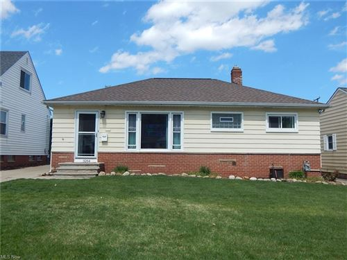 Photo of 3264 Winthrop Drive, Parma, OH 44134 (MLS # 4270558)