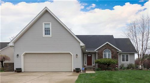 Photo of 5328 Skye Drive, New Middletown, OH 44442 (MLS # 4184571)