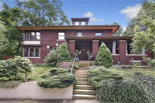 Photo of 2984 Hampshire Road, Cleveland Heights, OH 44118 (MLS # 4212575)