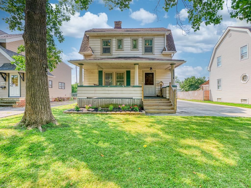 17307 Elsienna Avenue, Cleveland, OH 44135 - #: 4304577