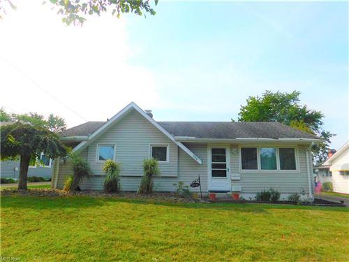 Photo of 13741 Dalebrook Avenue, Brook Park, OH 44142 (MLS # 4316578)