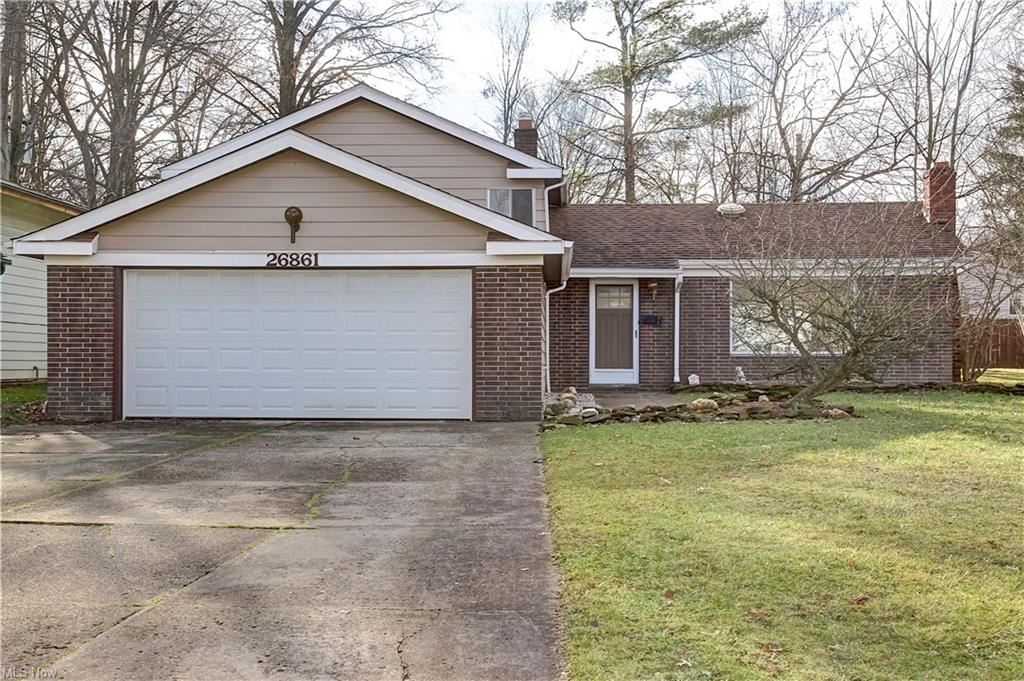 26861 Redwood Drive, Olmsted Falls, OH 44138 - #: 4248582