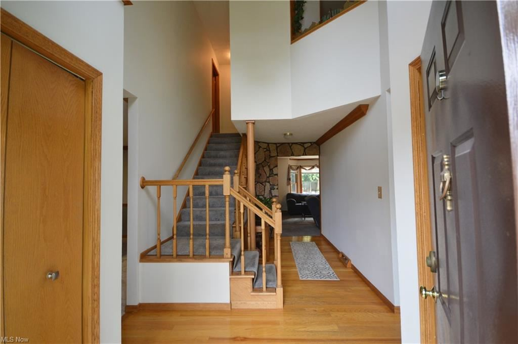 Photo of 6736 N Weatherby Drive, Mentor, OH 44060 (MLS # 4303582)