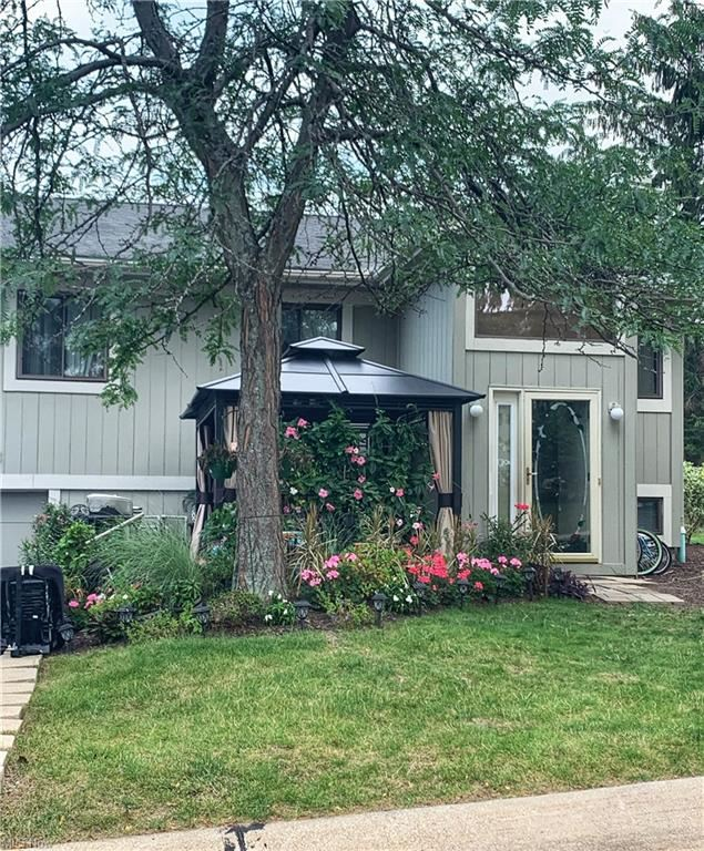 Photo of 7217 S Excaliber Drive, Concord, OH 44077 (MLS # 4302588)