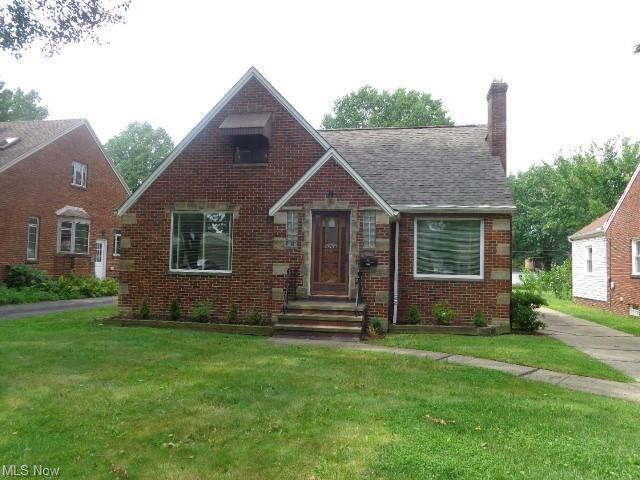 4268 W 214th Street, Fairview Park, OH 44126 - #: 4317589