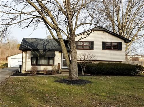 Photo of 33 N Hillside Road, Canfield, OH 44406 (MLS # 4157591)