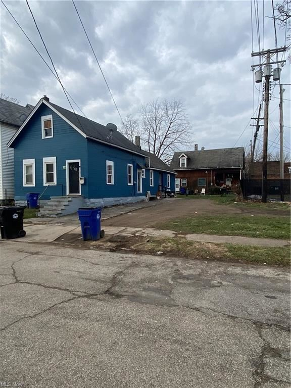 1030 E 68th Street, Cleveland, OH 44103 - #: 4262598