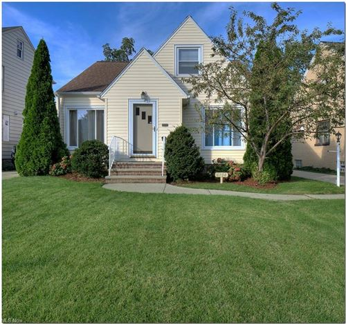 Photo of 6104 Manchester Road, Parma, OH 44129 (MLS # 4318604)