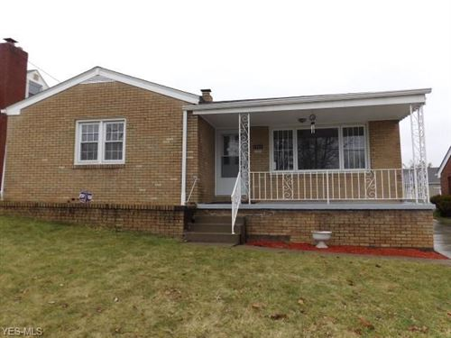 Photo of 1222 Ivanhoe Avenue, Youngstown, OH 44502 (MLS # 4131605)