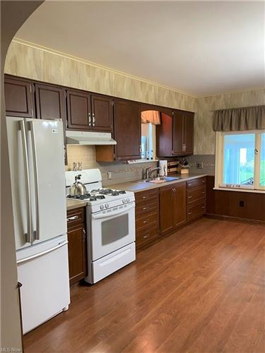Tiny photo for 511 E North Avenue, East Palestine, OH 44413 (MLS # 4322612)